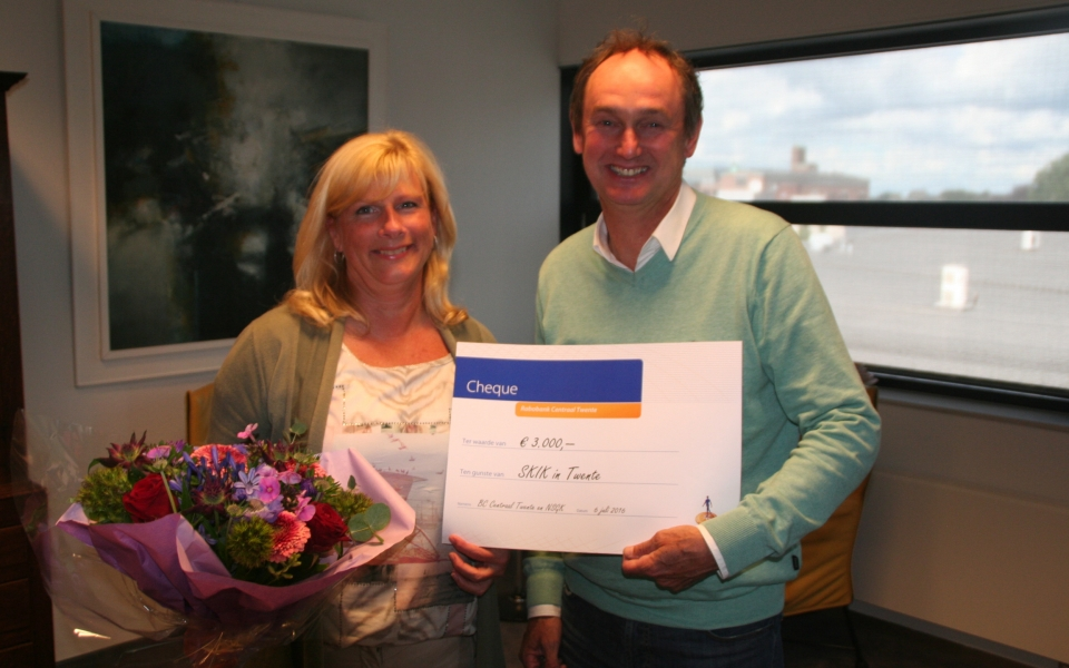 cheque overhandiging Rabo businessClub 6jul16 2